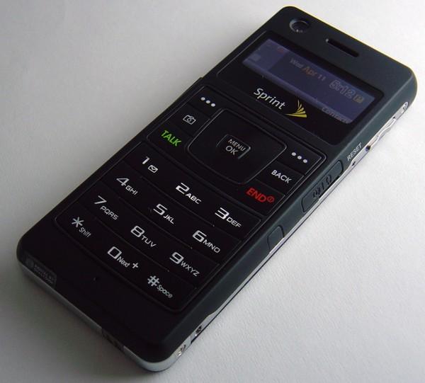 Sprint - Samsung M620 Upstage Front