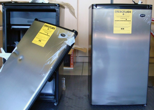 Amazon Fridge (Left) and Fry's Fridge (Right)