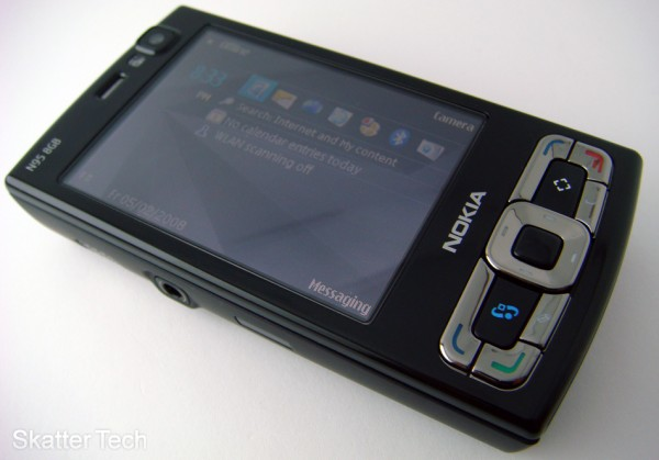 Nokia N95 8GB (Front)