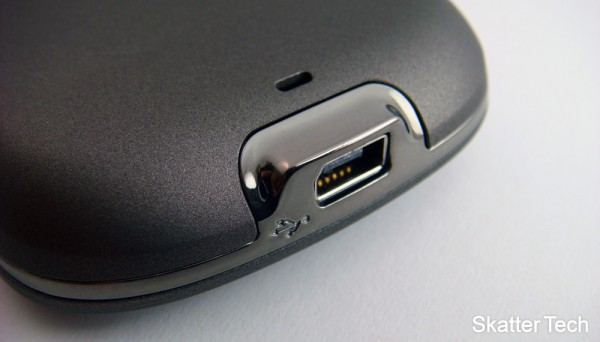 HTC Hero USB Port
