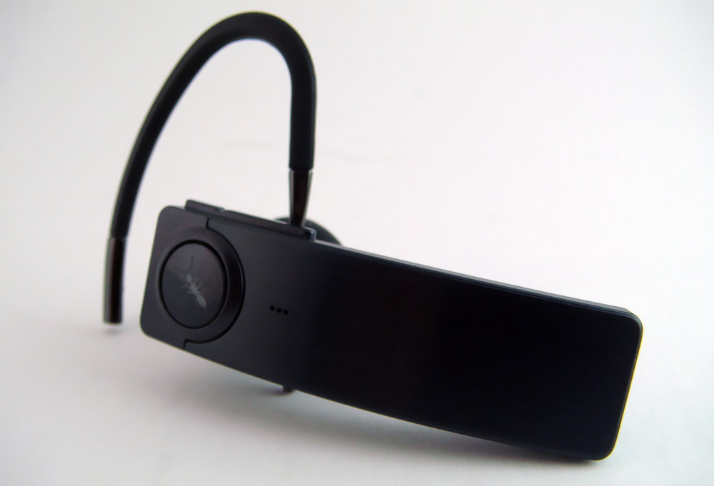 blueant q1 bluetooth headset review skatter. Black Bedroom Furniture Sets. Home Design Ideas